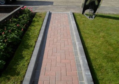 GALLERY IMAGE 12 BLOCK PAVING